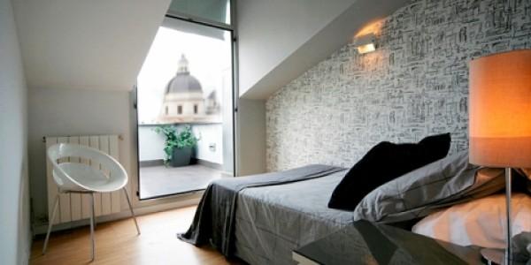 Habitación cama negra