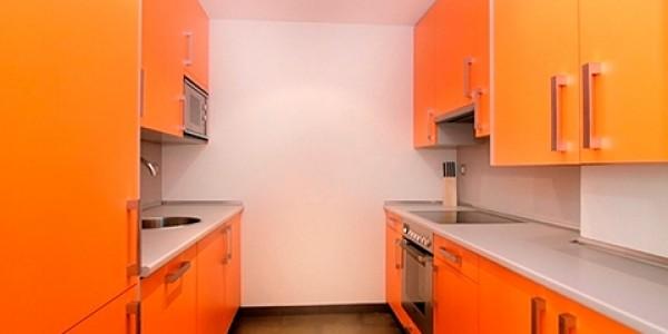cocina doble naranja
