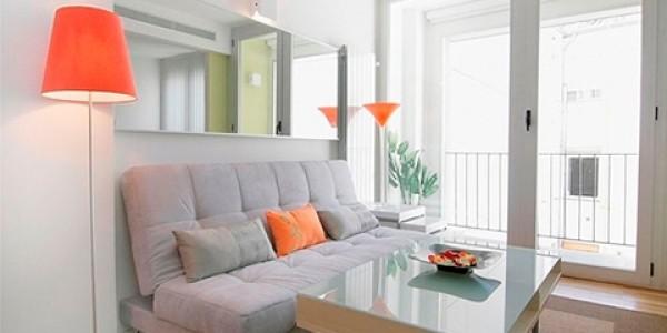 salón sofá gris