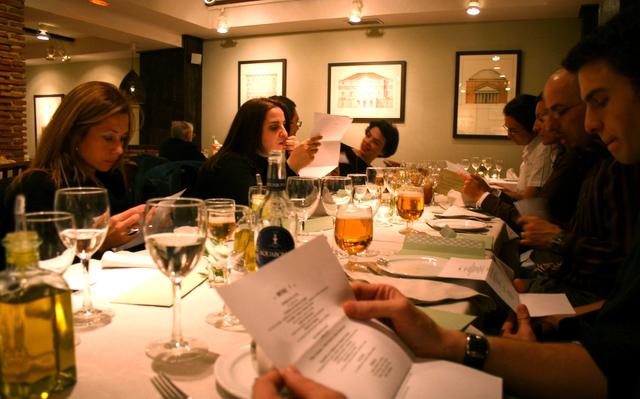 7 restaurantes de madrid para celebrar cenas de empresas for Los mejores sofas de madrid