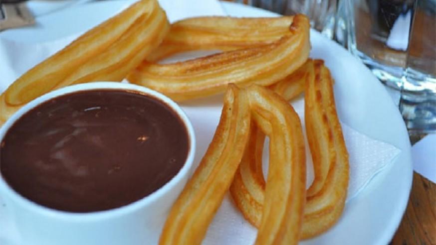 Resultado de imagen de chocolate con churros