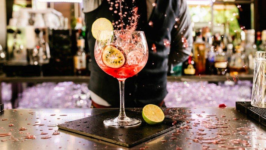 Sitios de copas en Madrid ¡Los mejores bares para cada estilo!