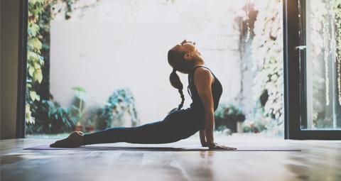 Grupos de yoga en el retiro