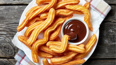 Dónde comer el mejor chocolate con churros en Madrid