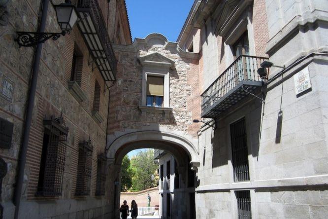 Corredor Voladizo de Cisneros, puentes míticos de Madrid, Gavirental