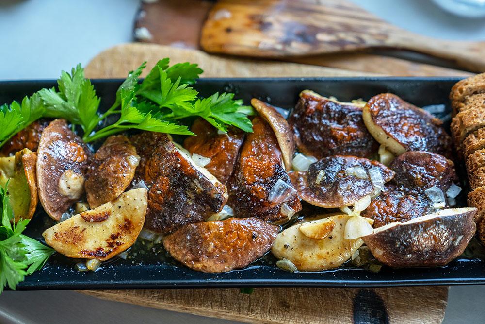 Gastronomia de otoño, temporada de setas en madrid salteado de setas, gavirental