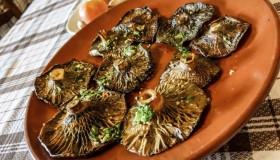 Top 10: Los mejores sitios para comer setas en Madrid
